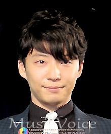 星野源「結婚はしたい」藤田ニコルの行動を機にギャル好きに、ニコルも反応