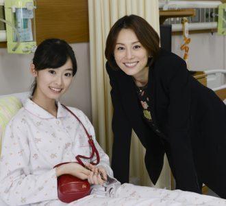 井本彩花と米倉涼子