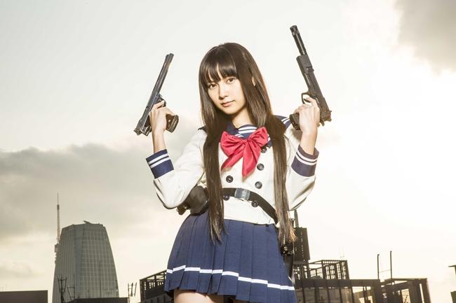 銃と桃月なしこ