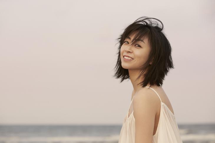 宇多田ヒカル「今も昔も変わらない」普遍のテーマ「繋がり」:7thアルバム「初恋」