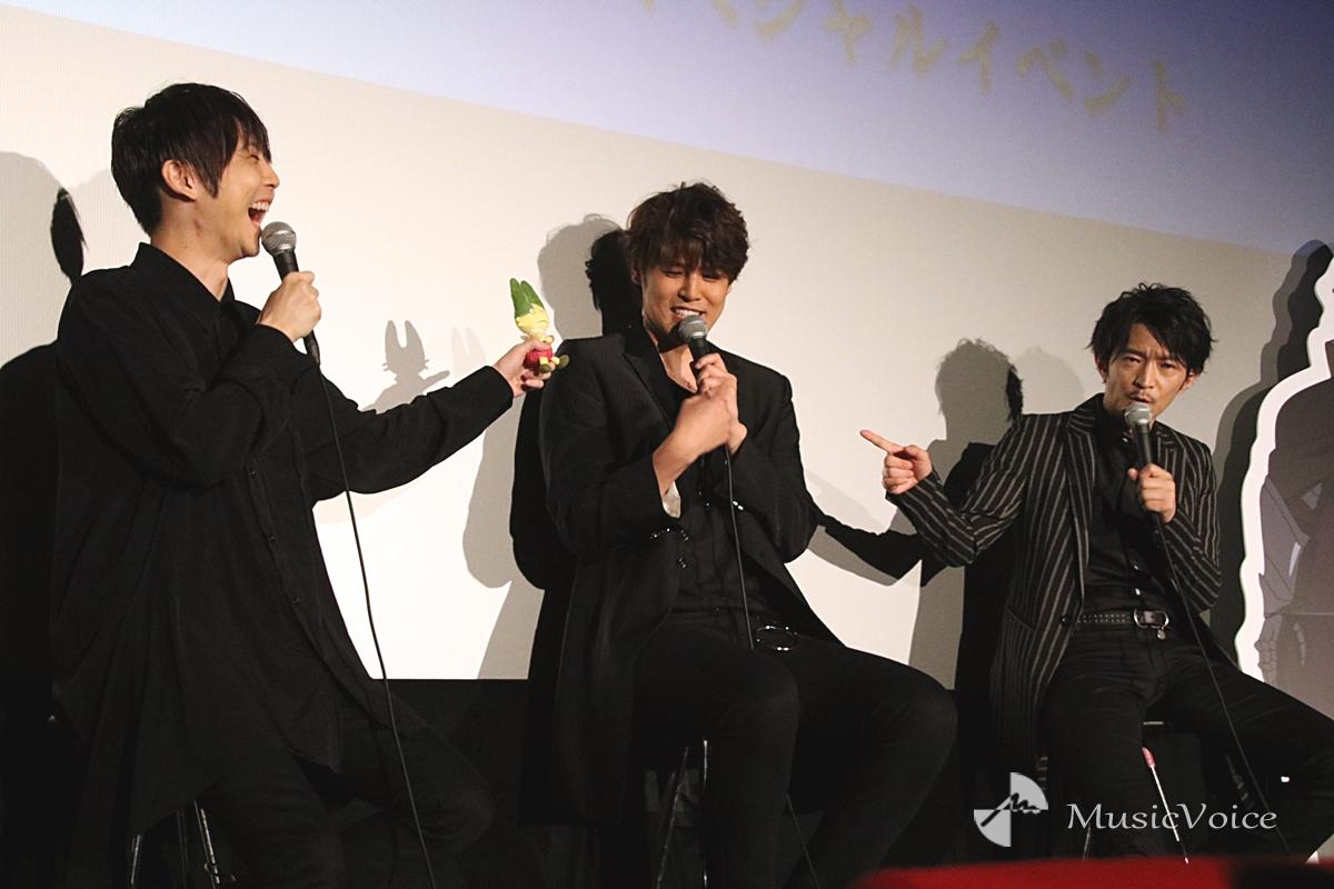 左から梶裕貴、宮野真守、津田健次郎