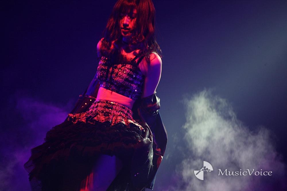 写真】AKB48村山彩希のすっぴんエプロン