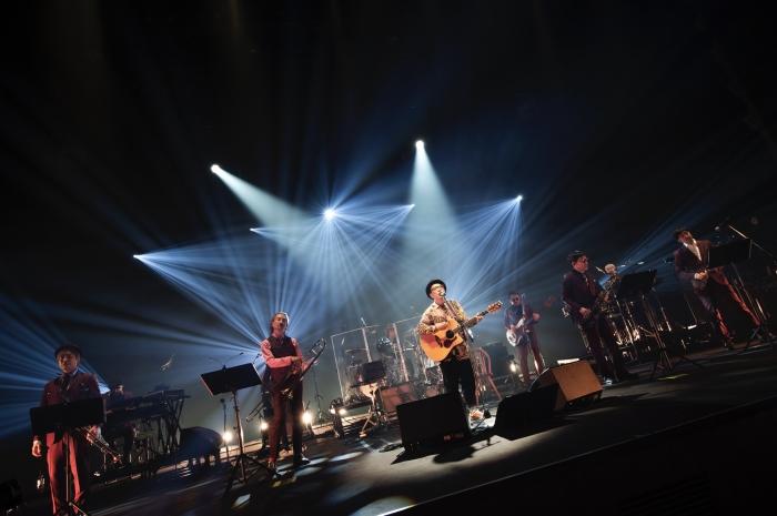 ハナレグミ、NHKホールでスカパラと作り上げた一期一会の空間:【音楽】
