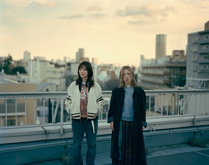 yonige「無敵状態になれてる」ニューアルバム『健全な社会』で見せた変化