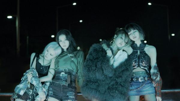 BLACKPINK、新曲「Lovesick Girls」MV公開