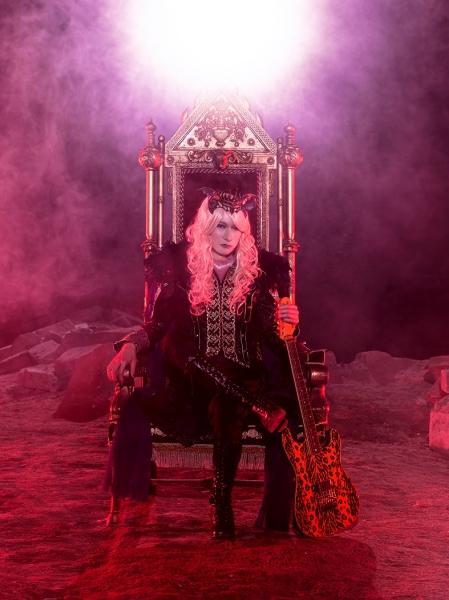 ダミアン浜田陛下、メロディとリフの重要性 メタルへのこだわりと愛