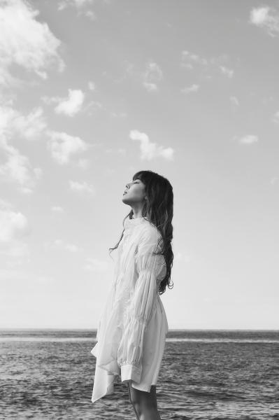 FAKY・AKINA「共感できるリアルな歌詞を」ソロ活動で見せたい新たな一面