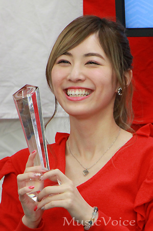 "SKE48松井珠理奈、""すっぴん""ドアップ写真に反響「めちゃきれい ..."